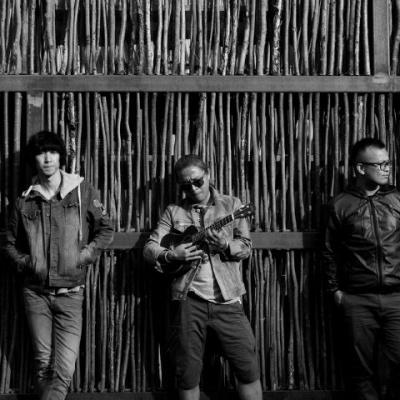 痛仰乐队(tong young),成立于1999年,擅长说唱金属,硬核与硬摇滚为