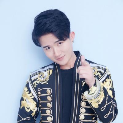 邱小龙 - 不可依靠的拥抱