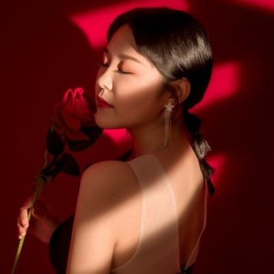 王小叶 - 爱过了头心伤透